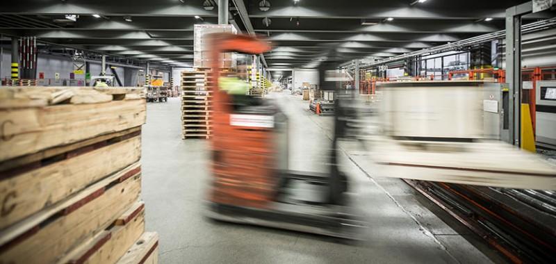 600,000 shipments a year