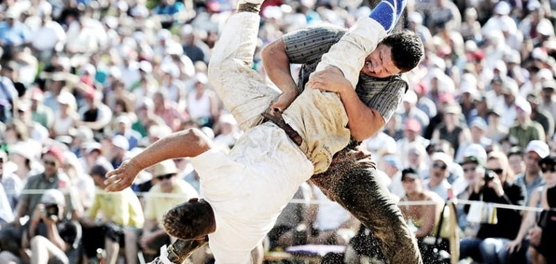 Festa desportiva da luta Schwingen, em Schwägalp